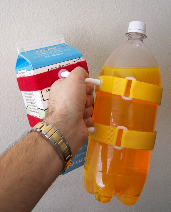 carry plastic soda bottles with HandyPitcher